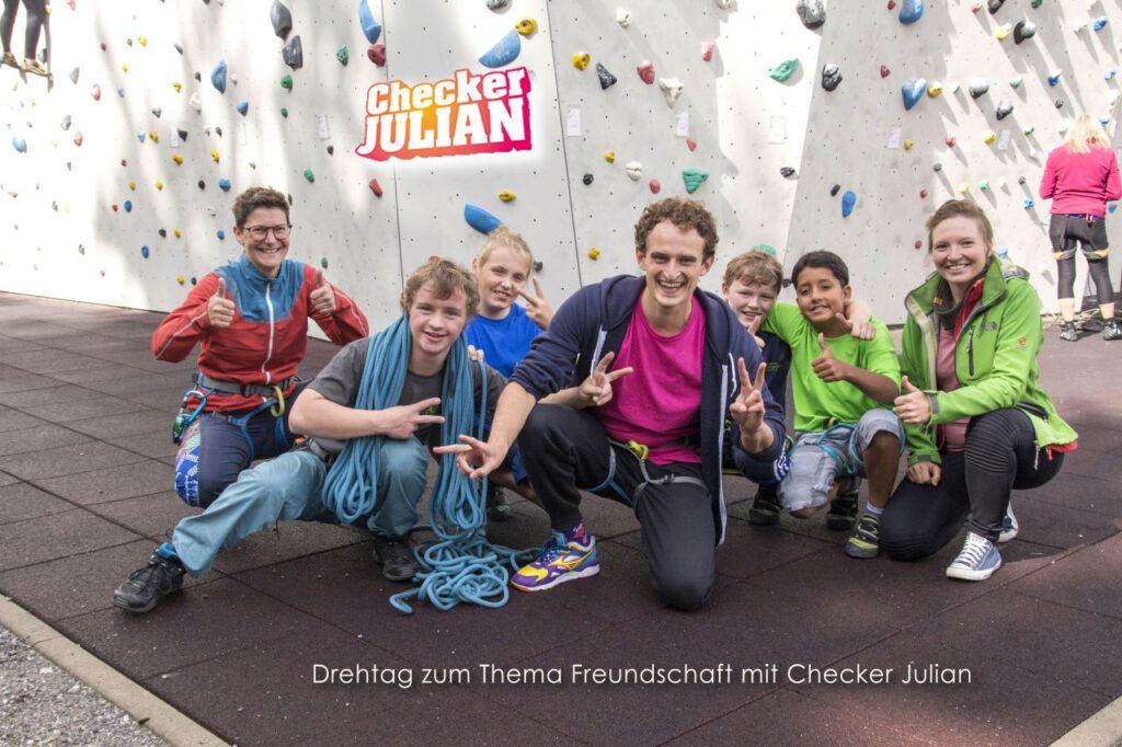 Gruppenfoto mit Checker Julian
